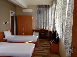 Hotel Toni, Отели  Bukovlŭk - big - 12