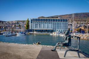 Neuchâtel Hotels