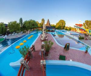 Hotel Termálkristály Aqualand, Hotely  Ráckeve - big - 48