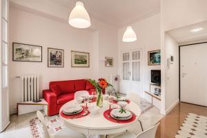 La casa di Nonna Pina - abcRoma.com