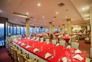 Hotel Miracorgo, Hotely  Vila Real - big - 14