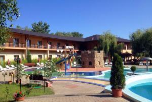 Hotel Termálkristály Aqualand, Hotely  Ráckeve - big - 52