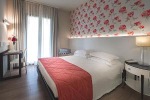 Villa Rosa Riviera (35 of 75)