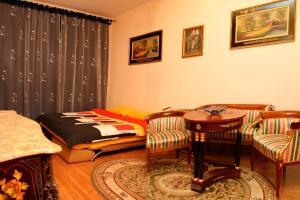 Aparthome Ludovik, Ferienwohnungen  Lwiw - big - 86