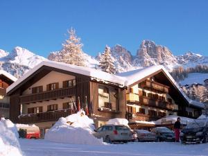 Park Hotel Arnica - AbcAlberghi.com