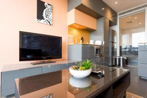 Melbournian Luxury Lifestyle 1BR, Apartments  Melbourne - big - 18