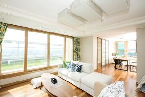 The Penthouse 42th Floor - Apartment - Suwon