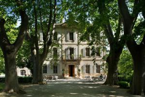Location gîte, chambres d'hotes Hotel Château Des Alpilles dans le département Bouches du rhône 13