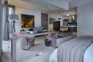 100 Luxury Suites by Preferred..