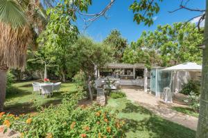 Acacia Resort Parco Dei Leoni, Rezorty  Campofelice di Roccella - big - 42