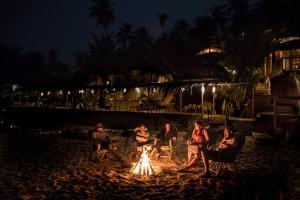 Dwarka Eco Beach Resort, Dovolenkové domy  Cola - big - 43
