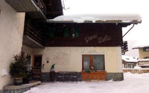 Garni Delia - Hotel - Livigno