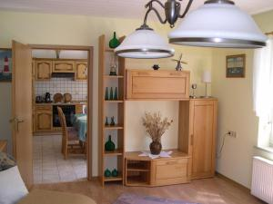 Ferienhaus Klabautermann, Apartments  Hage - big - 16