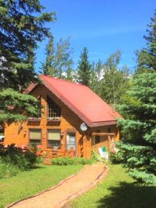 Accommodation in Jasper National Park Entrance