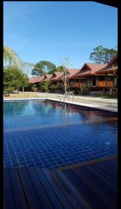 Ruean Ploysrirung Boutique Resort Chanthaburi - Tha Mai