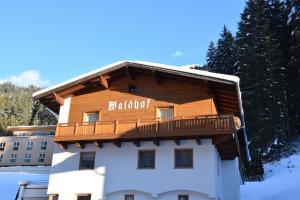 Haus Waldhof - Hotel - Ischgl