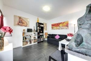 Rhome Apartments Leonina - abcRoma.com