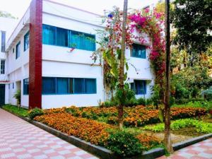 Le Chateau - Within Lake & Park, Penziony  Dhaka - big - 40