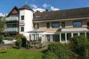 Haus am Wasserfall - Augustdorf