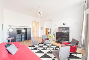Oasis Apartments - Modern Bauhaus, Apartments  Budapest - big - 6