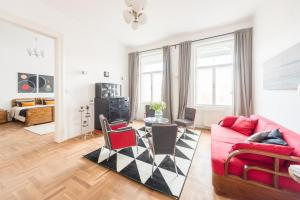 Oasis Apartments - Modern Bauhaus, Apartments - Budapest