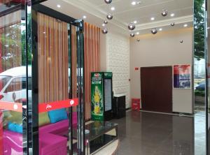 Albergues - Thank Inn Chain Hotel Guangxi Yulin Xingye Bus Station