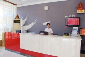 Hostales Baratos - Thank Inn Chain Hotel Hubei Huanggang Huangzhou District Qingzhuanhu Road