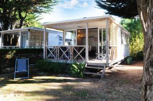 Location gîte, chambres d'hotes Campiotel des Dunes dans le département Charente maritime 17