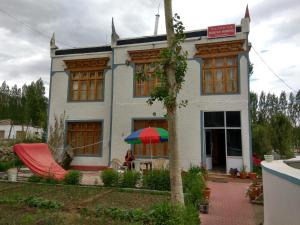 Nathula Homestay, Bed & Breakfasts  Leh - big - 1