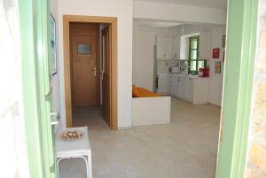 Villa Tati, Дома для отпуска  Kastós - big - 26
