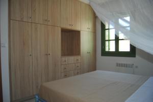 Villa Tati, Дома для отпуска  Kastós - big - 18