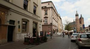 Main Market Square Apartments with Air Condition