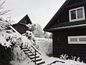 Góralska chata w zaciszu parku gorczańskiego