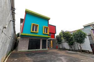 RedDoorz Plus near Halim Perdanakusuma 2, Penzióny  Jakarta - big - 10