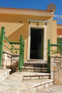 Villa Tati, Дома для отпуска  Kastós - big - 49