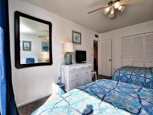 Surfside Condos 204, Apartments  Clearwater Beach - big - 55