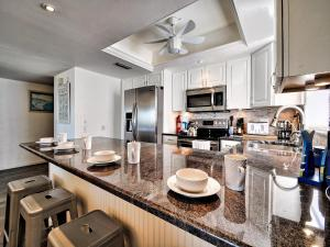 Surfside Condos 204, Apartments  Clearwater Beach - big - 44