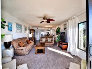 Surfside Condos 204, Apartments  Clearwater Beach - big - 41