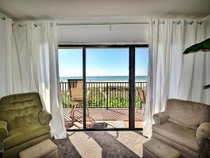 Surfside Condos 204, Apartments  Clearwater Beach - big - 40