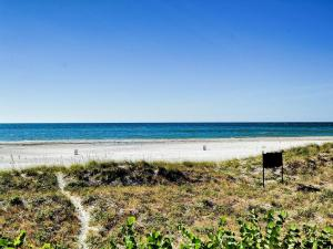 Surfside Condos 204, Apartments  Clearwater Beach - big - 36