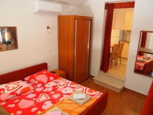 Apartment Orebic (706), Appartamenti  Orebić - big - 15