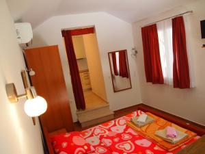 Apartment Orebic (706), Appartamenti  Orebić - big - 2