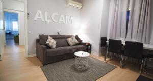 Alcam Valencia II, Apartmanok  Barcelona - big - 1