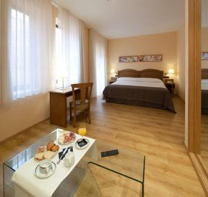 Superior Double or Twin Room Hotel Astur Plaza