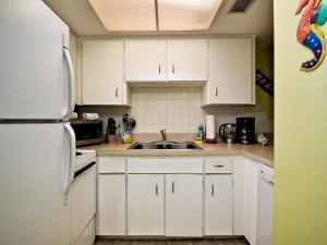 Gone Beaching 202, Apartmanok  Clearwater Beach - big - 6