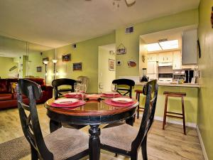 Gone Beaching 202, Apartmanok  Clearwater Beach - big - 26