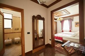 Brilant Antik Hotel, Hotely  Tirana - big - 36