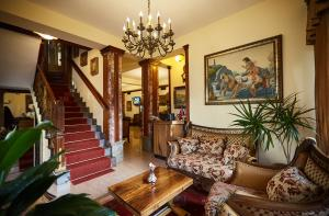 Brilant Antik Hotel, Hotely  Tirana - big - 59