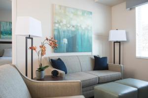 WaterWalk Denver Tech Center - Apartment - Centennial