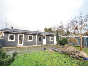 Three-Bedroom Holiday Home in Dannemare - Dannemare